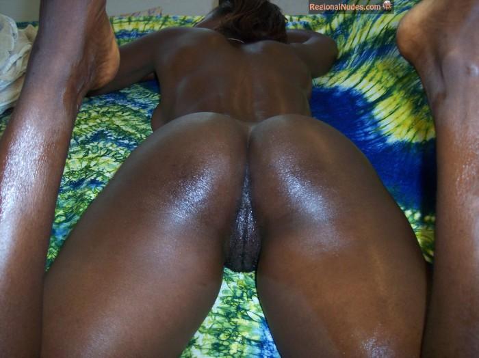 Beautiful Oily Naked Ghanaian Woman Ass | Regional Nude ...