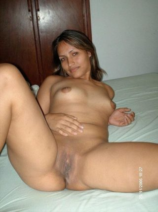 Indian Desi Wife Naked in Bed - Nude Photos